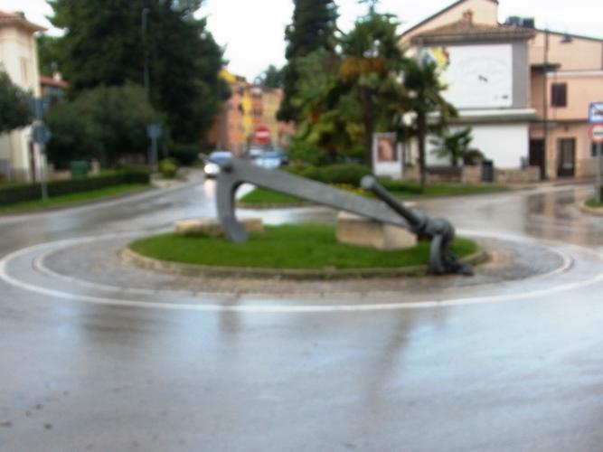 Na ulazu u centar Novigrada srušio sidro i pobjegao
