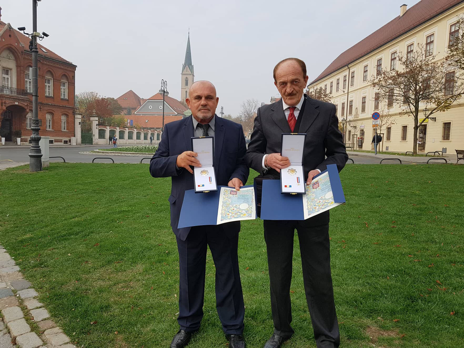 Predsjednica Republike Hrvatske odlikovala Dragutina Kraljića i Borisa Matkovića iz Umaga